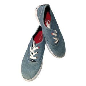 Nautica Blue Canvas Shoe Size 6